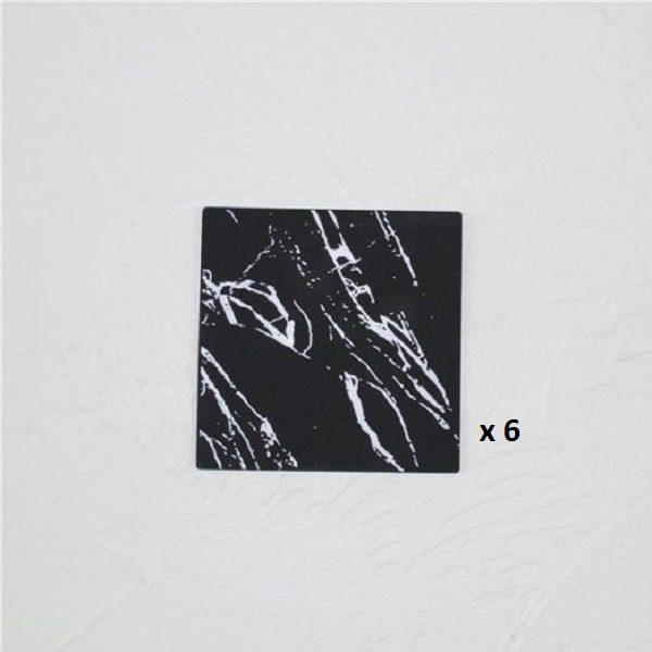 Dessous de verre noir et blanc, majeure noir carré 6