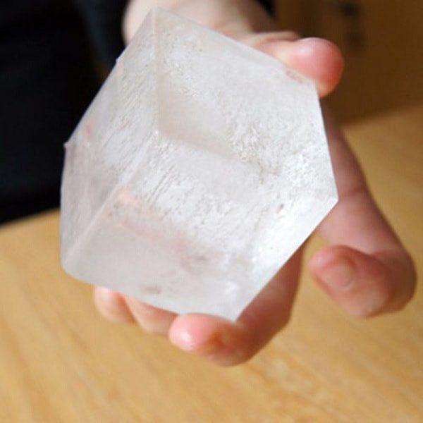 gros glaçon cube