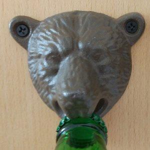 Décapsuleur mural original en tête d'ours, brun