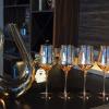 Carafe à vin blanc avec verres à pied 6