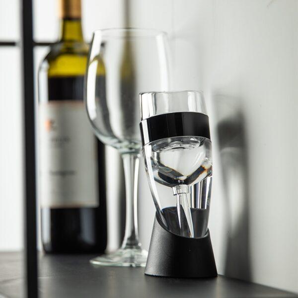 Decanteur et aerateur de vin