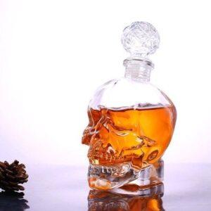 Carafe à whisky tete de mort