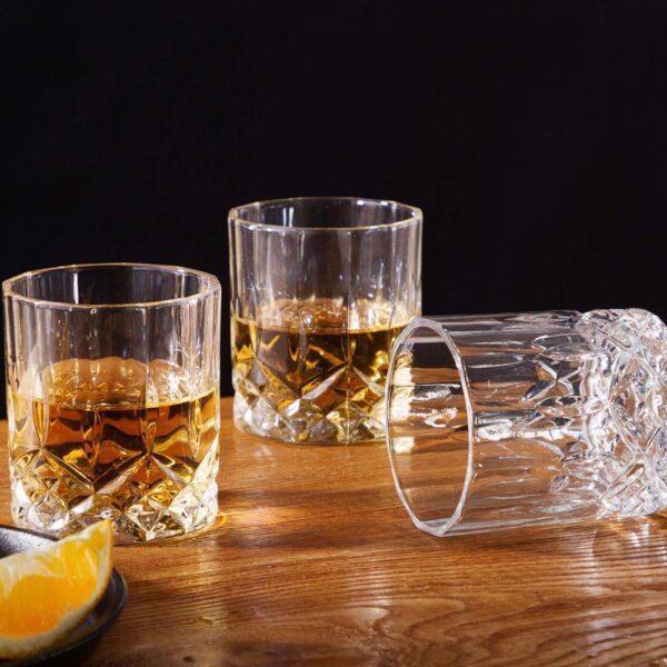 Carafe et verre à whisky authentique