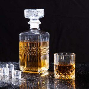 Carafe et verres à whisky