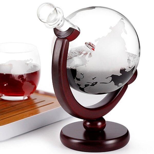 Carafe whisky en forme de globe