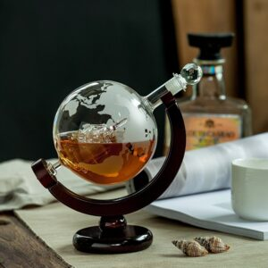 Carafe whisky globe