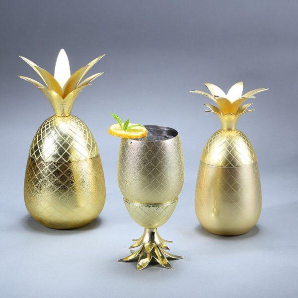 Verre ananas cocktail doré