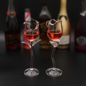 Verre à cocktail en forme de fleur