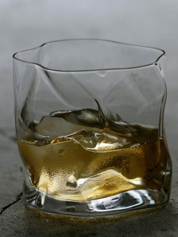 Verre a whisky japonais avec boite
